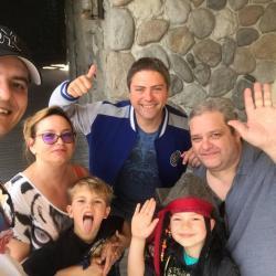 DISNEY CLUB PARADE EST UNE FAMILLE MAGIQUE